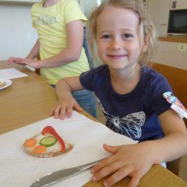 Regenbogenkinder zu Besuch an der Lichtenbergschule